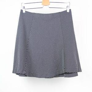 Uniqlo Skirt Striped Size Large Black White
